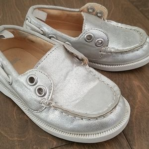 Toddler girl slip-on shoes / loafers